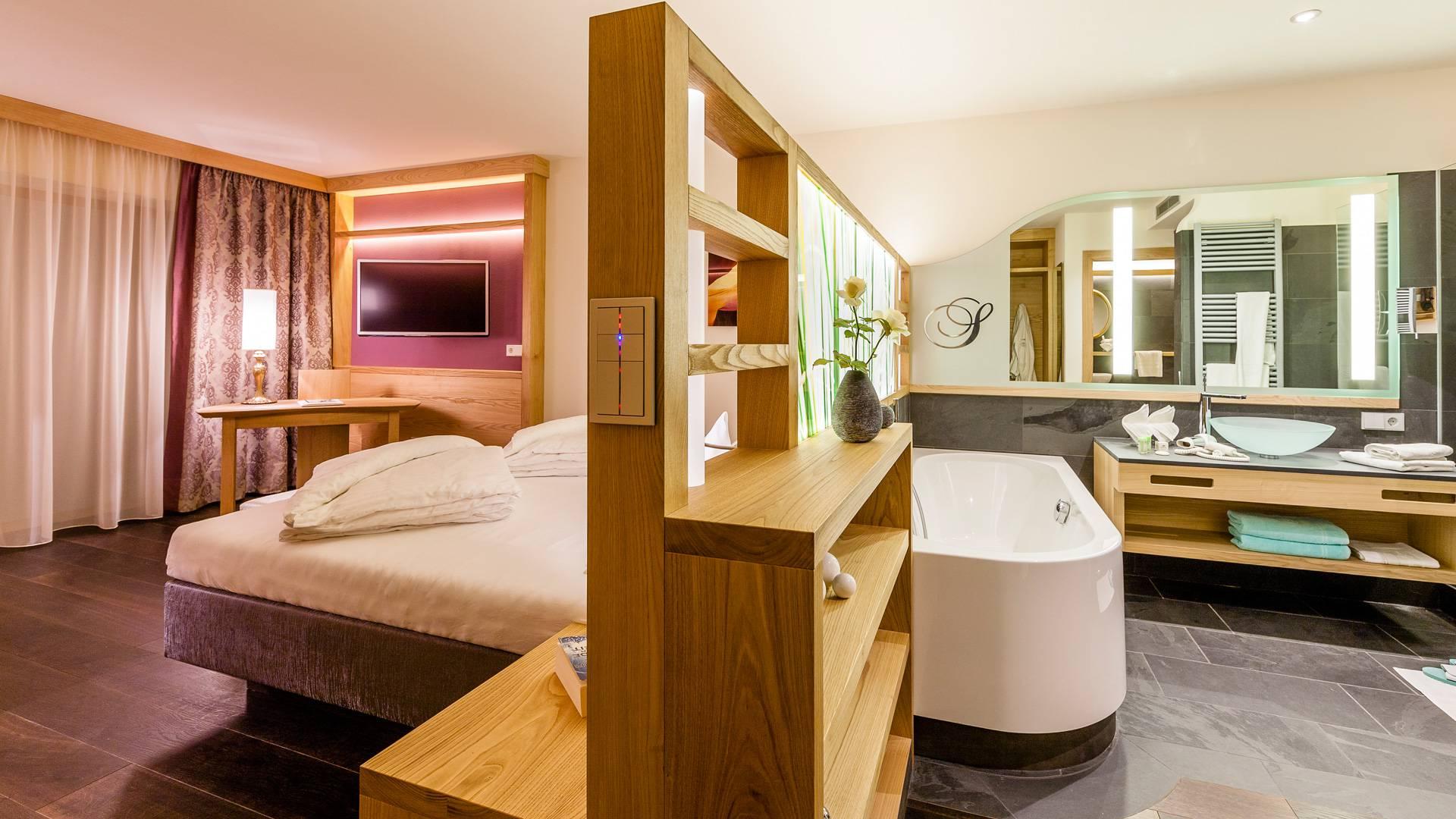 Exklusiv wohnen im wellnesshotel seeleiten for Hotel exklusiv